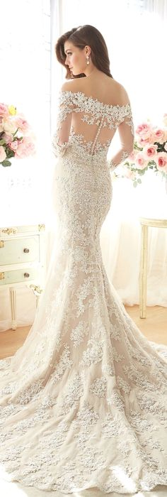 White bride dresses. Brides want to find themselves finding the ideal wedding, however for this they require the most perfect wedding gown, with the bridesmaid's dresses actually complimenting the brides dress. Here are a number of suggestions on wedding dresses.