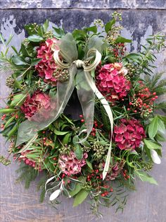 Christmas traditions with a floral twist Wreaths And Garlands, Xmas Wreaths, Door Wreaths, Hydrangea Wreath, Floral Wreath, Pink Hydrangea, Green Wreath, Berry Wreath, Hydrangeas