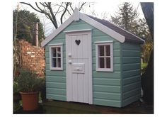 totally painting the treehouse aqua!  not with white though.  maybe orange and lilac....