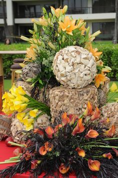 Verdant buffet floral design at an all day event on the beach in Maui, Hawaii.
