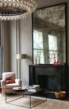ID-Modern Urban-{décor inspiration : a manhattan loft, interior design by ochre} from this is glamourous Soho Loft, Ny Loft, Warehouse Loft, Warm Gray Paint, Warm Grey, Turbulence Deco, Piece A Vivre, Design Case, Design Design
