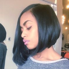 Keeps killing @hairbychantellen on @hairbyfirstladybri #boblife #silkpress #sideprofile #bomb #thecutlife