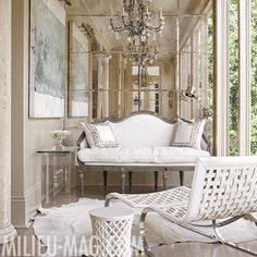 sunroom with mirrored end