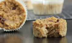 oatmeal cupcakes to go- One of the best ideas ever for easy, customizable breakfast in a hurry. Make in advance, have breakfast for two weeks!