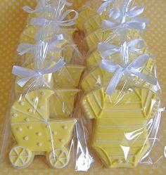 Biscoitos decorados para nascimento.
