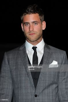 Oliver Jackson-Cohen Hot Men, Sexy Men, Hot Guys, Fashion Suits, Male Fashion, Oliver Jackson Cohen, Julian Morris, The Great Fire, Eleanor Tomlinson