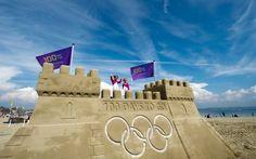 Homenagem às Olimpíadas, castelo de areia de R$ 15 mil é demolido