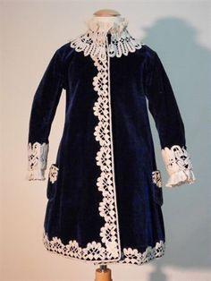 Child's dress, 1895-1900.