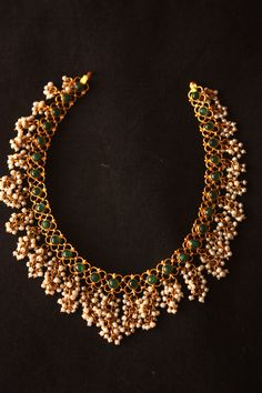 Reversible necklace with emeralds and pearls, and rubies and pearls on the reverse