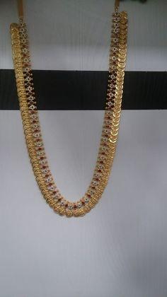 Kasulaperu #Kasulaperu Jewelry Design Earrings, Gold Earrings Designs, Gold Jewellery Design, Gold Temple Jewellery, India Jewelry, Gold Chain Design, Gold Jewelry Simple, Gold Choker, Gold Necklace