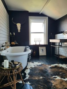 Monday Inspiration: Beautiful Rooms - Mad About The House - Oh my GOTH! lol This is way too skull-y and goth for current me (high school me would have loved it - Dark Bathrooms, Small Bathroom, Bathroom Canvas, Bathroom Ideas, Shower Ideas, Western Style, Style At Home, Western Homes, Bathroom Interior