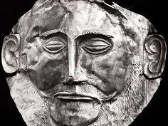 Why were heinrich schliemann s discoveries at hissarlik so astonishing