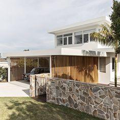 Beach Shack, Surf Shack, Beach Bungalow Exterior, Surf House, Beach House, Crazy Paving, Suburban House, Facade House, House Facades