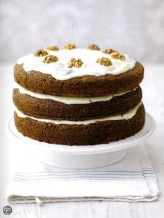 Super-de-luxe worteltaart! uit Baking made easy, Lorraine Pascale. #Carrotcake
