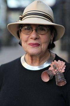 Helen Drutt wearing a gorgeous Mirjam Hiller brooch !!