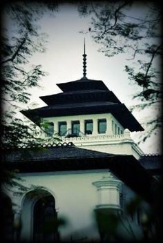 "it is symbol of Bandung city call ""Gedung Sate"" :D"