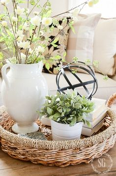 Vintage French Soul ~ CREATE A SPRING INSPIRED SOFA- Part of creating a beautiful home is giving a nod to the season! Sofas can help you breathe spring air into a room! Coffee Table Styling, Decorating Coffee Tables, Centerpieces For Coffee Table, Coffee Table Decor Living Room, Sofa Table Decor, Coffee Table Vignettes, Dining Table, Spring Home Decor, Diy Home Decor