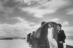 Pre-wedding Bolivia Salt flats Pkl fotografía ©Pankkara Larrea 2015 http://pklfotografia.com/