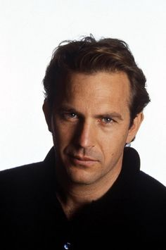 Kevin Costner GREAT actor and has the best set of lips in Hollywood!!