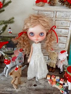 "Blythe doll dress ""White Christmas""  - antique materials by marina, $65.00 USD"