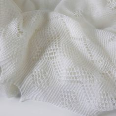 Diy Crafts - The Royal Baby Blanket: Super-fine Merino Wool Christening Shawl Knitted Afghans, Knitted Baby Blankets, Baby Afghans, Baby Blanket Crochet, Crochet Yarn, Vintage Knitting, Lace Knitting, Baby Knitting Patterns, Knitting Stitches