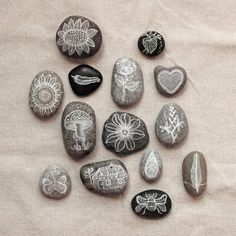 What a fun idea :) I'm always collecting rocks