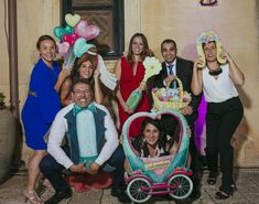 Photocall romántico fandi para bodas amorosas y divertidas Crafts With Pictures, Photo Booth Props, Photo Backdrops, Ideas Para Fiestas, Event Styling, Pop Art, Baby Strollers, Selfie, Children