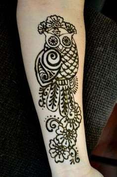 Henna owl done by me on a client   www.worldhenna.com