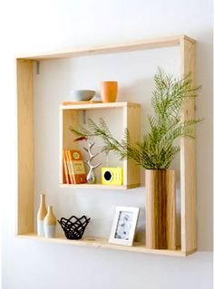 DIY wall frame/shelf + copper vase Home Living Room Shelves, Wall Shelves, Shelving, Wooden Shelves, Shelf Ideas For Living Room, Frame Shelf, Diy Casa, Regal Design, Wall Decor