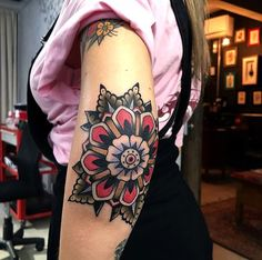 Search inspiration for an Old School tattoo. Above Elbow Tattoo, Elbow Tattoos, Knee Tattoo, Old Tattoos, Black Ink Tattoos, Cover Up Tattoos, Wrist Tattoos, Life Tattoos, Tribal Tattoos