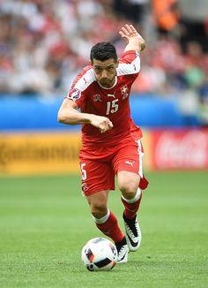 #EURO2016 Switzerland's midfielder Blerim Dzemaili runs with the ball during the Euro 2016 round of sixteen football match Switzerland vs Poland on June 25...