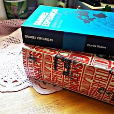 Charles Dickens em 2017 vai ter sim!! ____  #charlesdickens #coleção #grandesesperanças #davidcopperfield #minhaestante #book #livros #books #amoler #good #likeforlike #lovers #amolivros #bookish #bookme #bookworm #bibliophile #amazon ##saraivadebolso #Saraiva #picoftheday #photography #bookaddic #bookaholic #minhaestante #bookday #booknerd #reading #readhead #boatarde #good