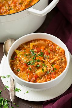 The best Cabbage Roll Soup recipe! You get all the flavors of cabbage rolls with out all the hassle! This soup is easy to make and deliciously flavorful. Cabbage Recipes, Chili Recipes, Crockpot Recipes, Soup Recipes, Cooking Recipes, Casserole Recipes, Recipies, Best Low Carb Recipes, New Recipes