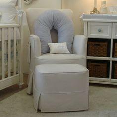Um cadeirão para o quarto de bebé é indispensável. Para mim, este é o ideal!