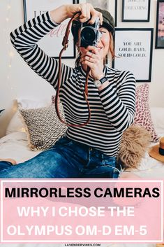 I am so excited to have recently switched from a DSLR (digital single-lens reflex) camera, to a snazzy new mirrorless camera. Photography Tips Iphone, Photography Tips For Beginners, Photography Courses, Camera Photography, Portrait Photography, Food Photography, Vintage Photography, Reflex Camera, Camera Equipment