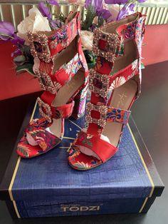 Valentino, Costume, Heels, Fashion, Heel, Moda, Fashion Styles, Costumes, High Heel