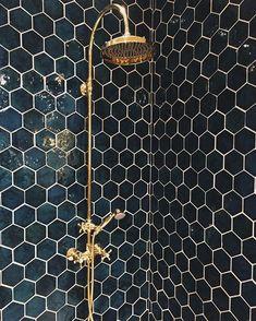 Diese Fliesen ließen mich von einem neuen Badezimmer träumen (völlig unnötig ... aber ... #badezimmer #diese #einem #fliesen #neuen #traumen #vollig