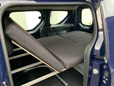 MICA Camperbox met zit, keuken en bed module! - 3DotZero Automotive BV Volkswagen Caddy, Berlingo Camper, Kangoo Camper, Minivan Camping, Mini Camper, Water Supply, Water Tank, Outdoor Life, Campervan