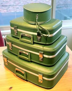 1960s Luggage: 3 Piece Green Suitcase Set. $45.00, via Etsy. | Top ...
