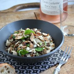 Chicken Salad with Wild Rice, Watercress and a Tarragon Vinaigrette makes a perfect summer luncheon Lunch Recipes, Salad Recipes, Dinner Recipes, Asparagus Frittata, Wild Rice Salad, Chicken And Wild Rice, Poached Chicken, Fresh Mozzarella, One Pot Meals