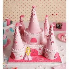 Princess Castle Cake @Lesia Berrier Poovey