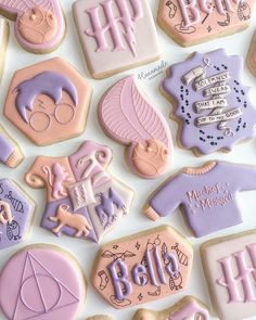 Iced Cookies, Royal Icing Cookies, Sugar Cookies, Harry Potter Birthday Cake, Harry Potter Theme, Cookies Decorados, Birthday Cookies, 9th Birthday, Cookie Designs