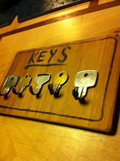 Key rack that uses keys as hooks. Clever.