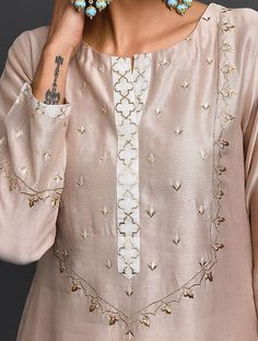 Best 12 Old Rose Zari-Embroidered Silk-Chanderi Kurta – SkillOfKing. Embroidery Suits Punjabi, Embroidery On Kurtis, Kurti Embroidery Design, Hand Embroidery Dress, Embroidery Fashion, Embroidery Motifs, Creative Embroidery, Gold Embroidery, Pakistani Fashion Casual