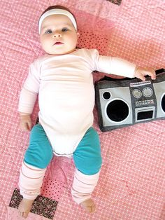 Need an excuse to dust off your boom box? Check out this adorable Baby Aerobics Instructor costume! #cantbreathetoocute