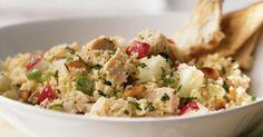 Cuscuz com frango, crepioca de camarão ou cogumelos recheados. Conheça as receitas de Marta Oliveira.