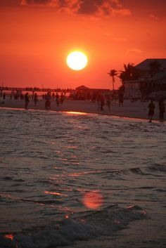 """Share with your friends!!!  Because sharing is caring :)                                                                                                           Sunset on Fort Myers Beach              via """"The Beaches of Fort Myers & Sanibel."""" One of the many amazing beaches in Southwest Florida is Fort Myers Beach. Where the sun shines, the heat is on and the cushy soft sand tickles your toes."""