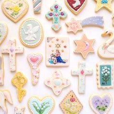cookie brooches