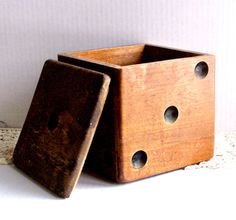 Vintage Wood Dice Box / Humidor by AloofNewfWhimsy on Etsy, $36.00