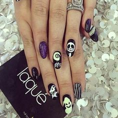 Halloween Almond Nail Art :: The Nightmare Before Christmas Laque Nail Bar